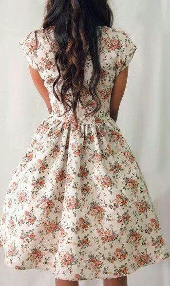 Ähnliche Artikel wie 50er Jahre Stil floral Prom Kleid, 50er Jahre kurzen Ärmeln floral Datum Kleid, Probe Abendessen Kleid, Brautjungfer Kleid, floral Graduierung Kleid auf Etsy #summerdinneroutfits