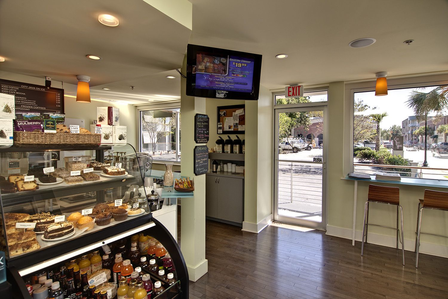 Best coffee shop design google search sioux city for Shops exterior design