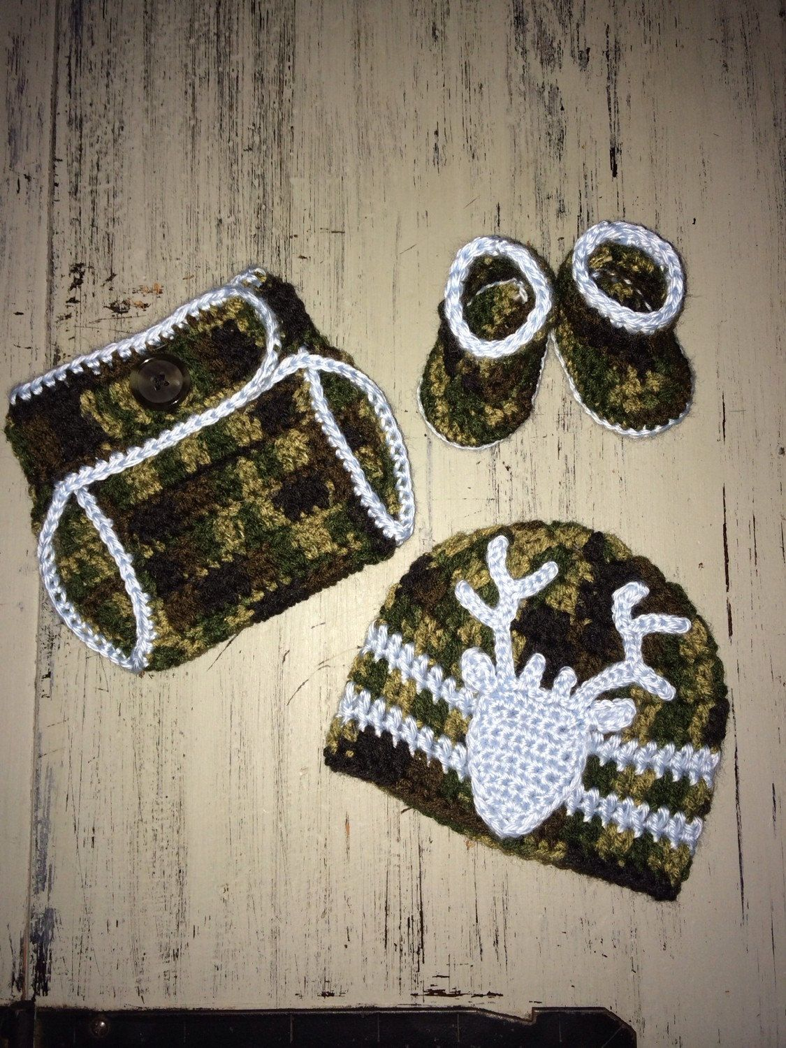 Photo of Items similar to Newborn Crochet Camo Hat, diaper cover and booties trimmed in baby blue, Hunter set, Camouflage outfit, Baby boy Camo, photo prop, Deer Hat on Etsy