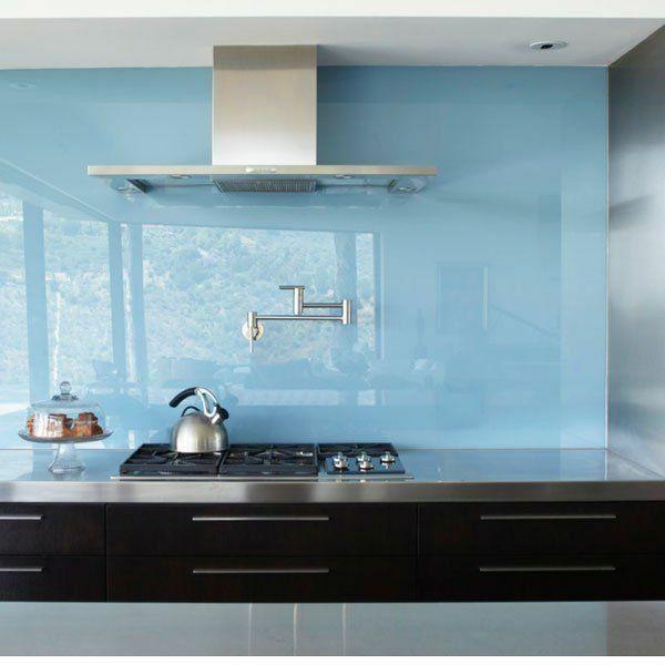 Fliesenspiegel küche plexiglas  küchenrückwand aus glas küchenrückwand plexiglas hellblau | Küche ...