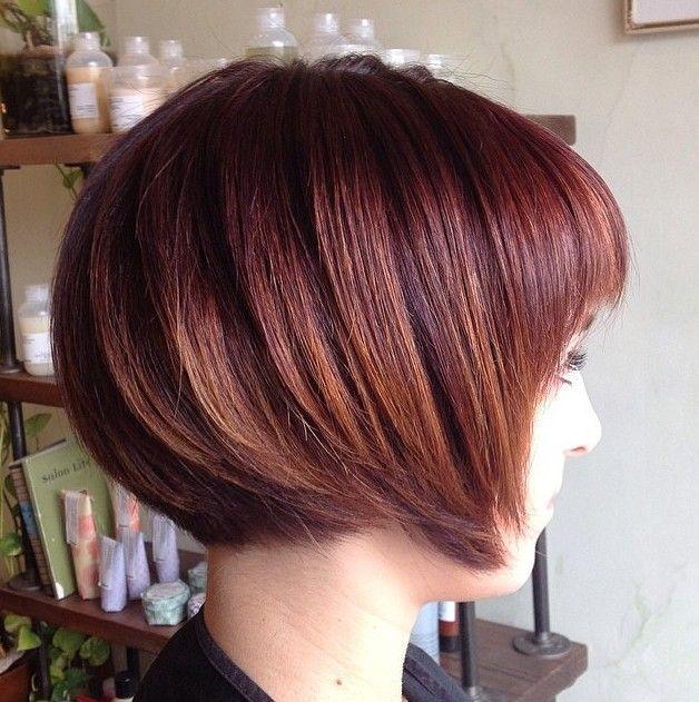 tagli di capelli corti rosso a caschetto capelli-corti-femminili