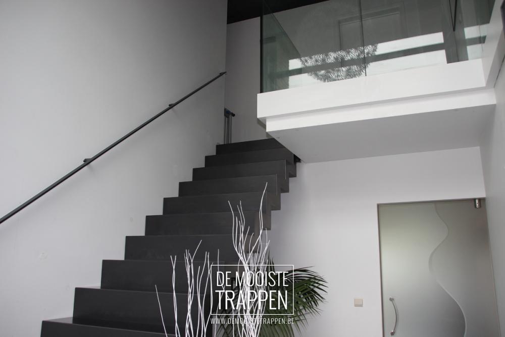 De Mooiste Trappen : Massieve bloktrap in brut staal de mooiste trappen interior