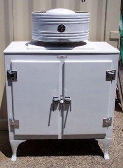 Ge Monitor Top Vintage Refrigerator See Vintage Ge Ads 1920s 1930s Vintage Refrigerator Vintage Fridge Vintage Stoves