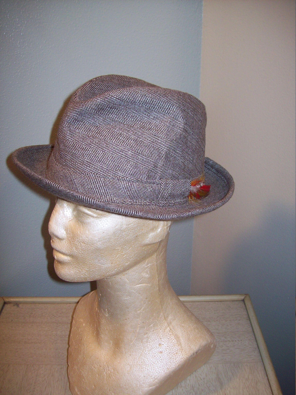 0b5b664a1fdbdf Vintage 50s 60s Tan Tweed Fedora Hat Size 6 3/4 - 6 7/8 / JC Penny Brand /  Rockabilly Swing Mad Men Dress Hat / Men's VLV Hat by atomicbettiescloset  on Etsy