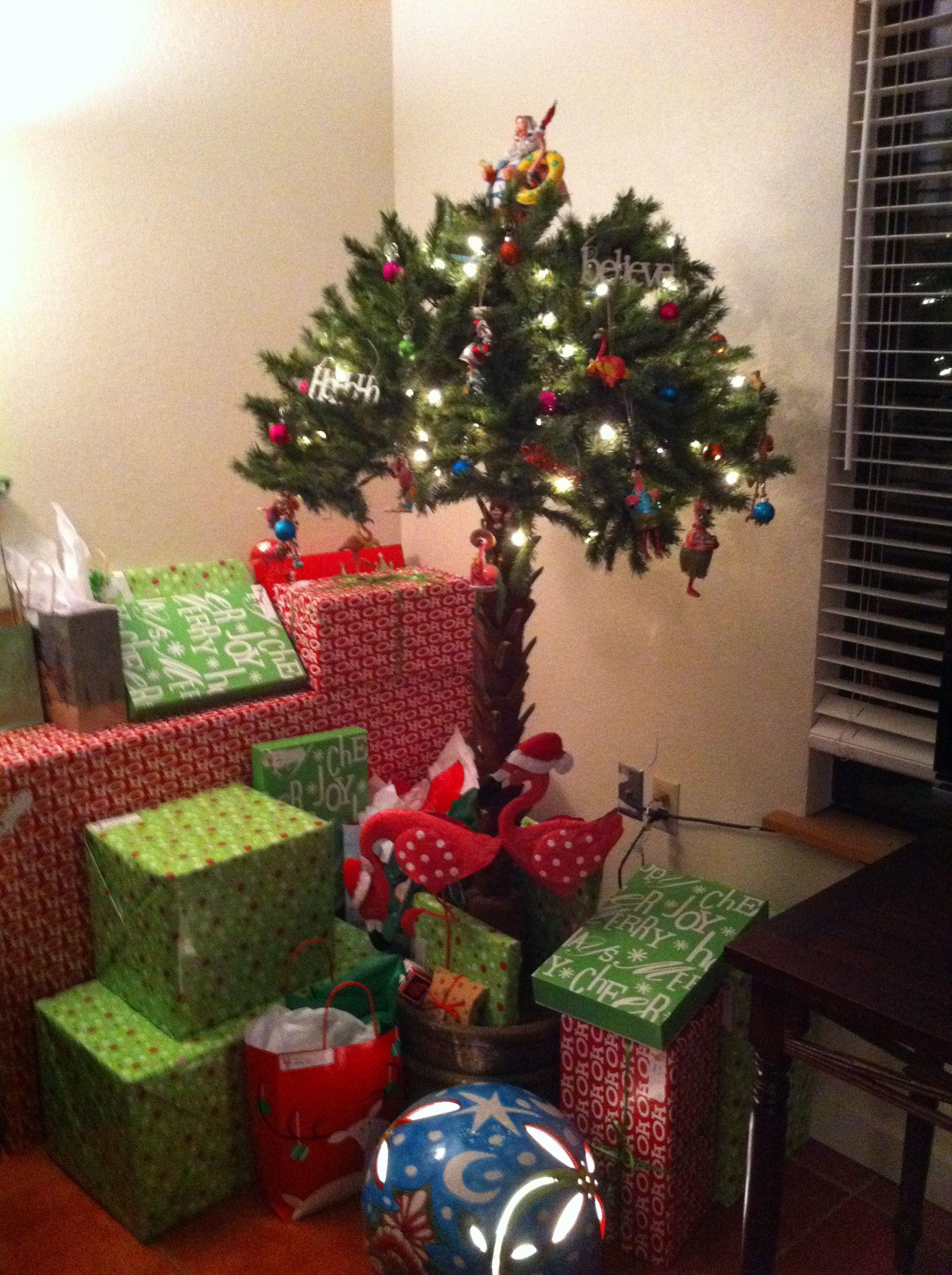 Flamingo Christmas Tree