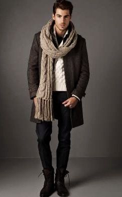 I could do without the chunky scarf but I like the rest. Zara mens November issue.