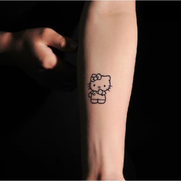 92dec25863e51 Do you like hello kitty tattoos for 2016 New Year? - Fashion Blog ...