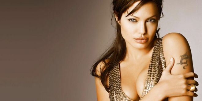 Free Download High Resolution Angelina Jolie Hot Hd Wallpaper For