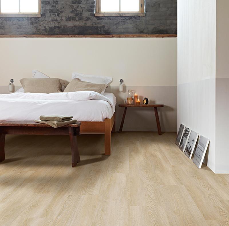 Ivc Moduleo Embellish Click Scarlet Oak 50230 Onflooring