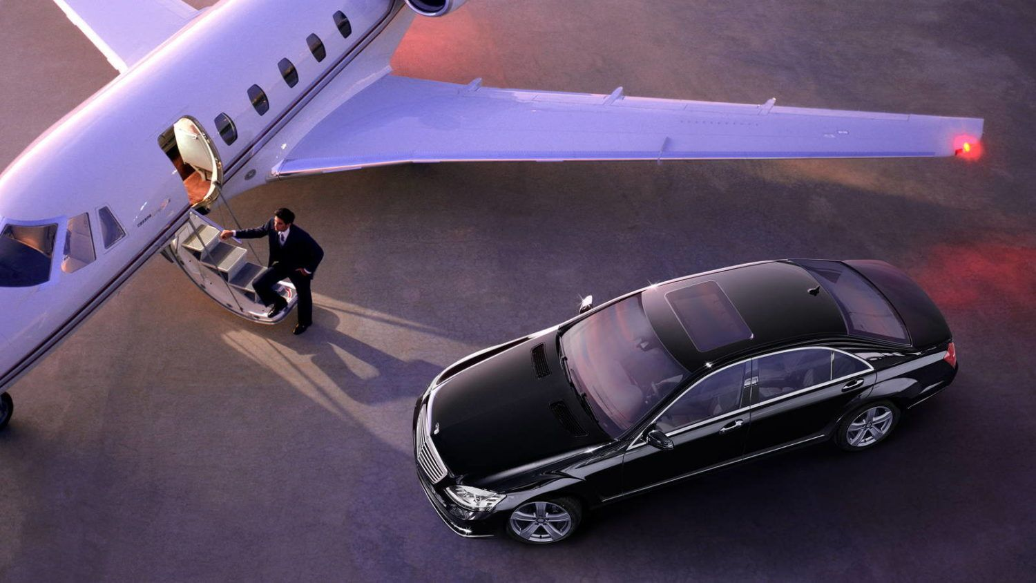 Jockey Limo Service is one of the top Limo Service Boston