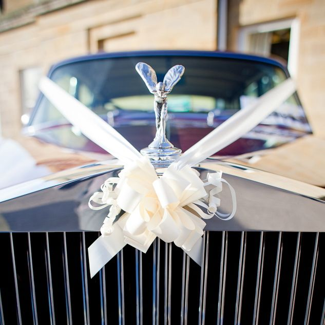 wedding cake stand hire ashford kent wedding car hire chauffeur driven rolls royce and jaguar 25615