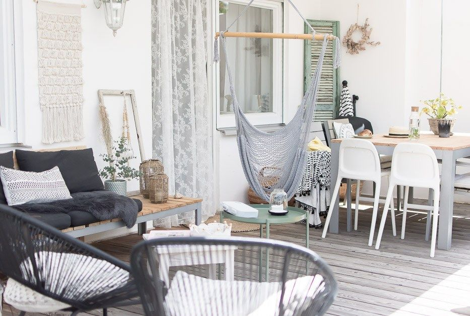 Terrassen Lounge selber bauen | Holzdielen, Selber bauen und Lounges