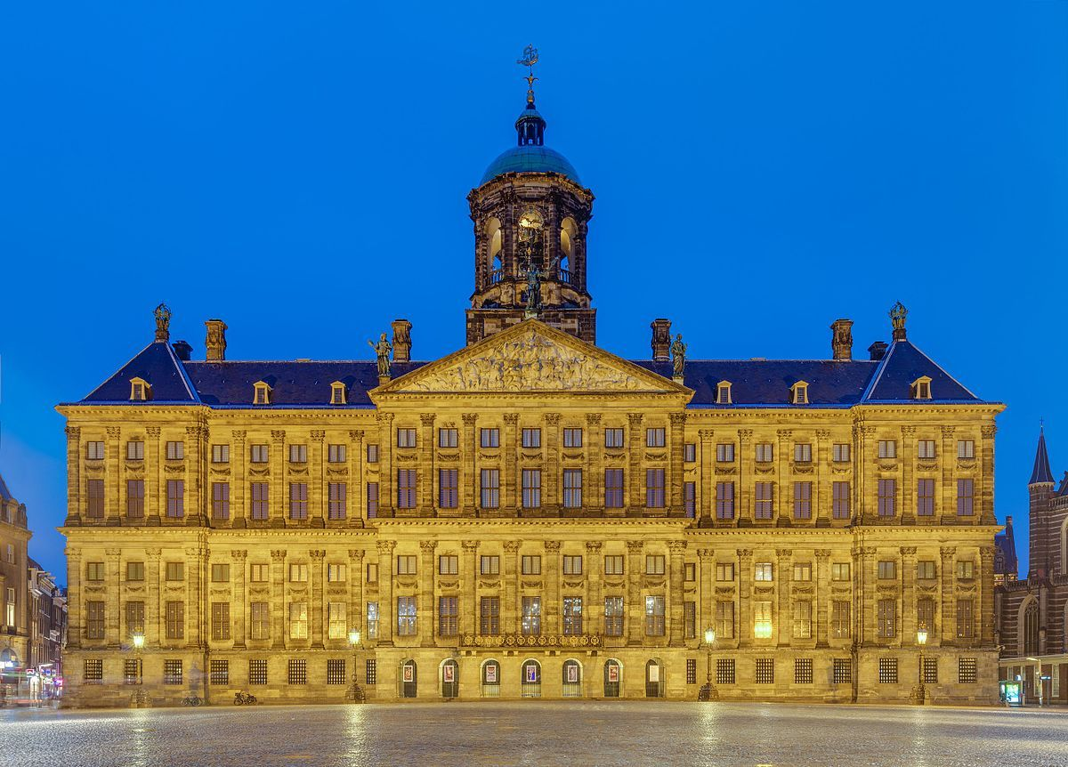 Dutch Square Wikipedia >> The Royal Palace Of Amsterdam Is Situated On Dam Square In Very The