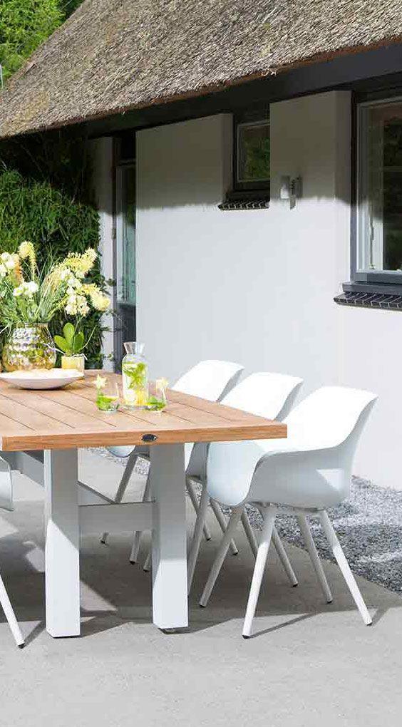 stilvolle gartenmöbel in weiß und holz | hartman yasmani tisch aus,