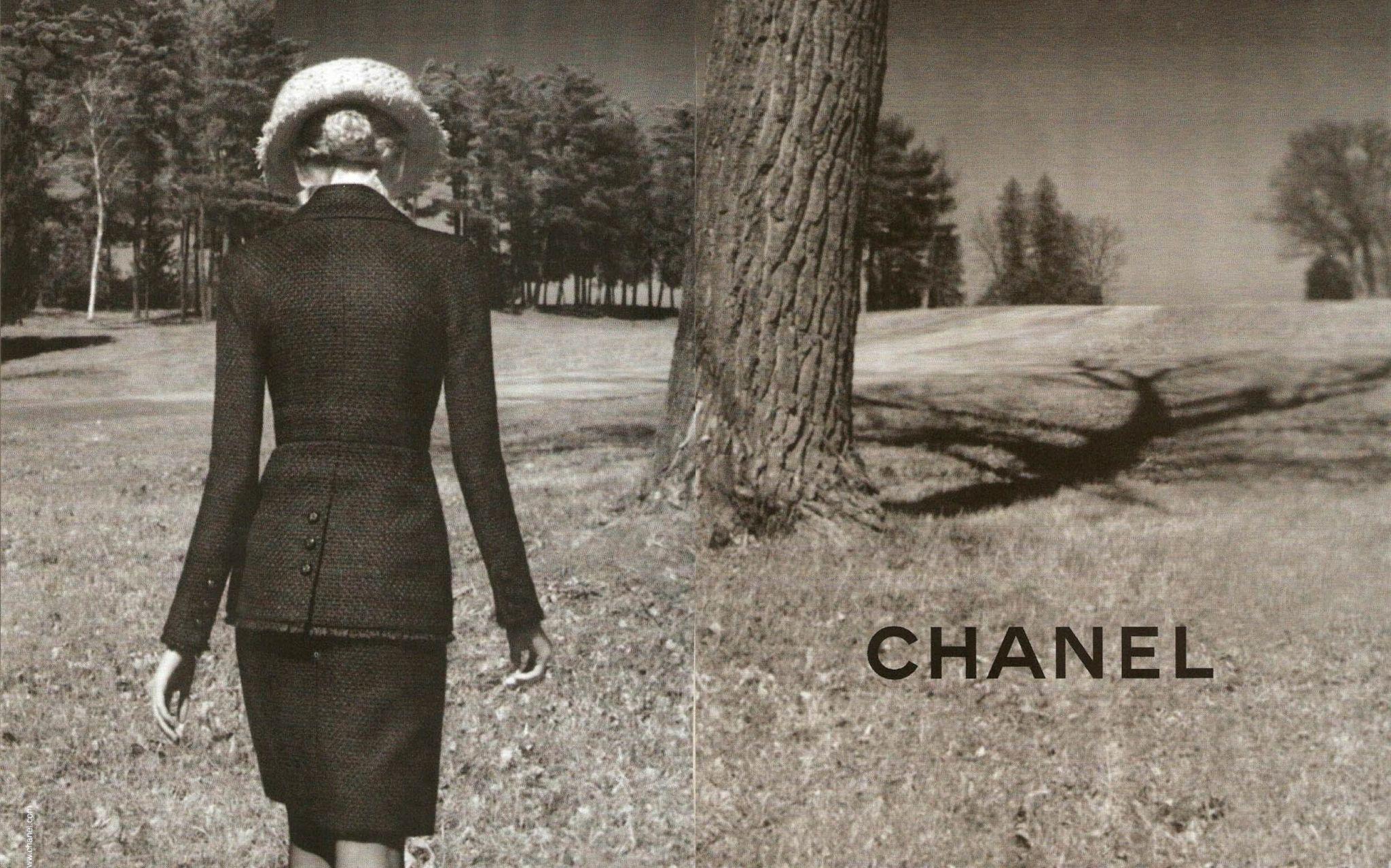 Chanel adv