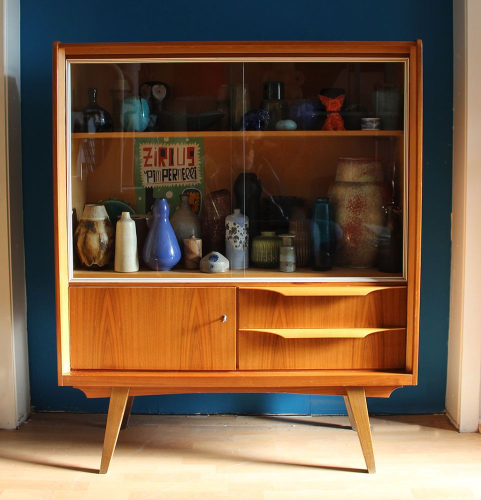 Wunderschone Vitrine Sideboard 50er Jahre Schrank Mid Centruy Design Cabinet 50s 50er Jahre Mobel 50er Jahre Wohnzimmer Vitrine