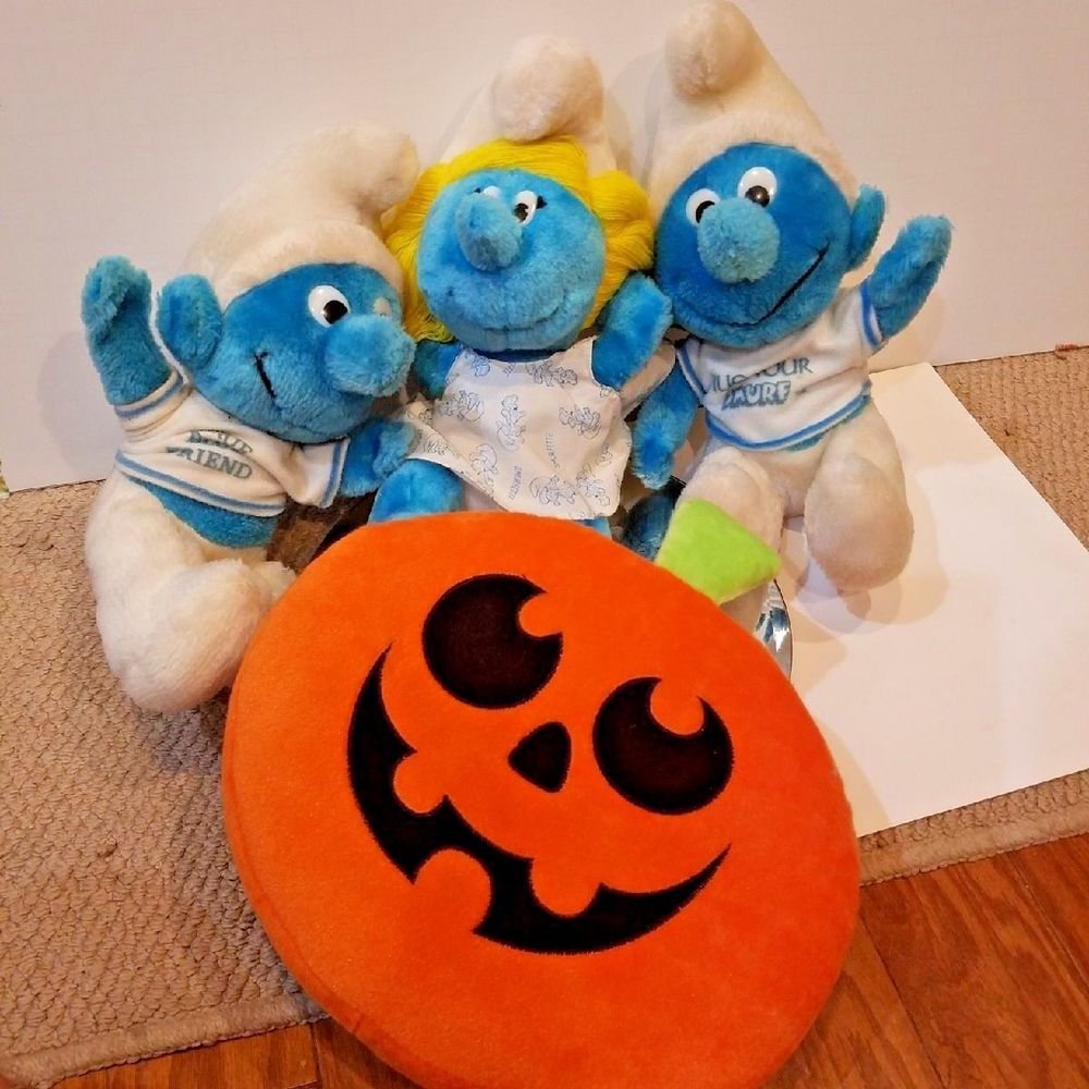 Bulk Plush Lot Vintage 1979 Smurf s with bonus pumpkin
