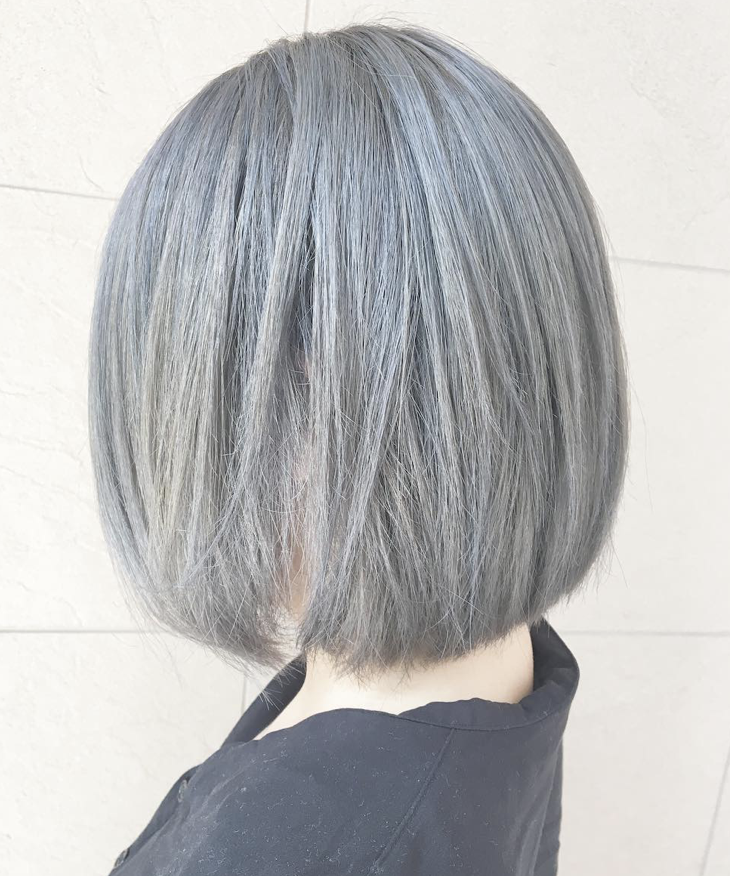 髪型 髪色 ヘアカラー ヘアスタイル トレンド 外国人風 透明感 人気 グラデーションカラー インナーカラー グレージュ シルバー ホワイト ラベンダー パープル バイオレット 青 ブルー 髪 シルバー ヘアカラー シルバー ヘアスタイル ロング