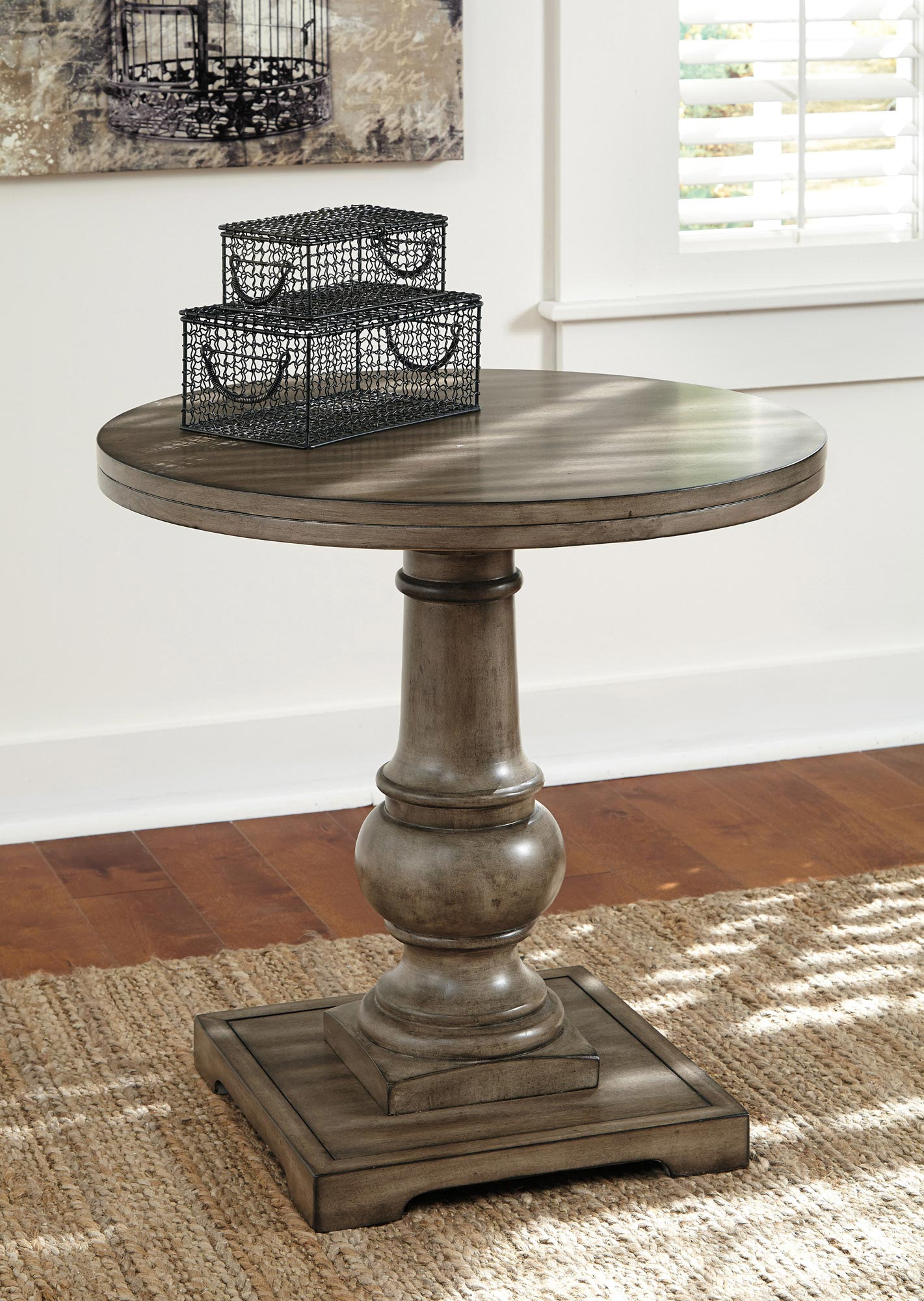 Best Rustic Accents Round End Table Ashley Home Gallery 640 x 480