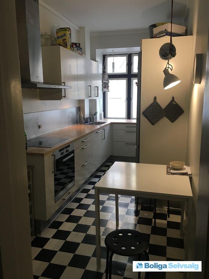 Gåsebæksvej 4, st. tv., 2500 Valby - Stor 3 værelses lejlighed i hjertet af Valby #andel # ...
