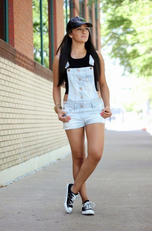 Overall Shorts Outfit 2017 Street Style