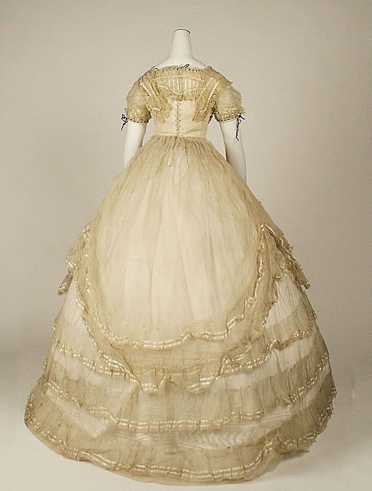Dress (Ball Gown),  c. 1869, Met Museum, back view