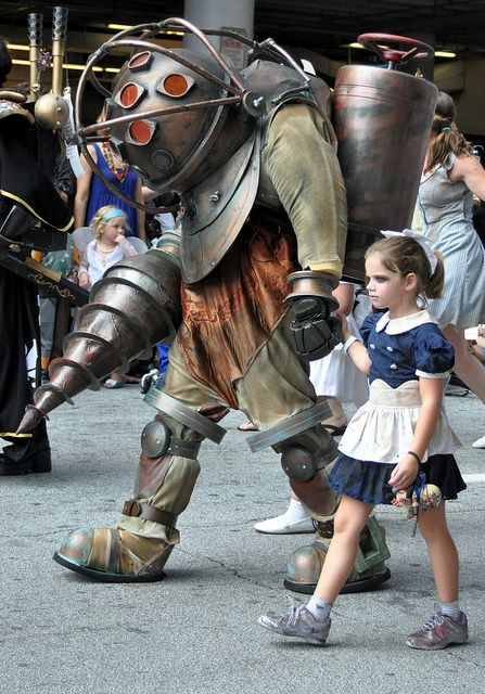 Amazing Big Daddy & Little Sister cosplay in the DragonCon 2012 parade (by millermz, via Flickr)