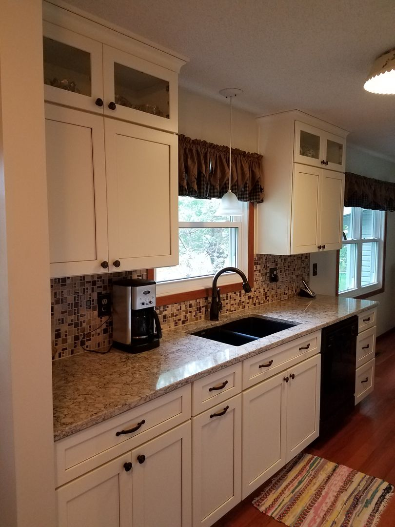 """Maple Cabinets Painted """"Divinity"""" with a """"Burnt Sienna ... on Maple Kitchen Cabinets With Quartz Countertops  id=88076"""