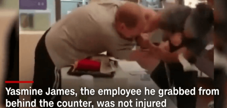 Mcdonald S Female Employee Punches Back Angry Customer Incpak Angry Customer Employee Angry