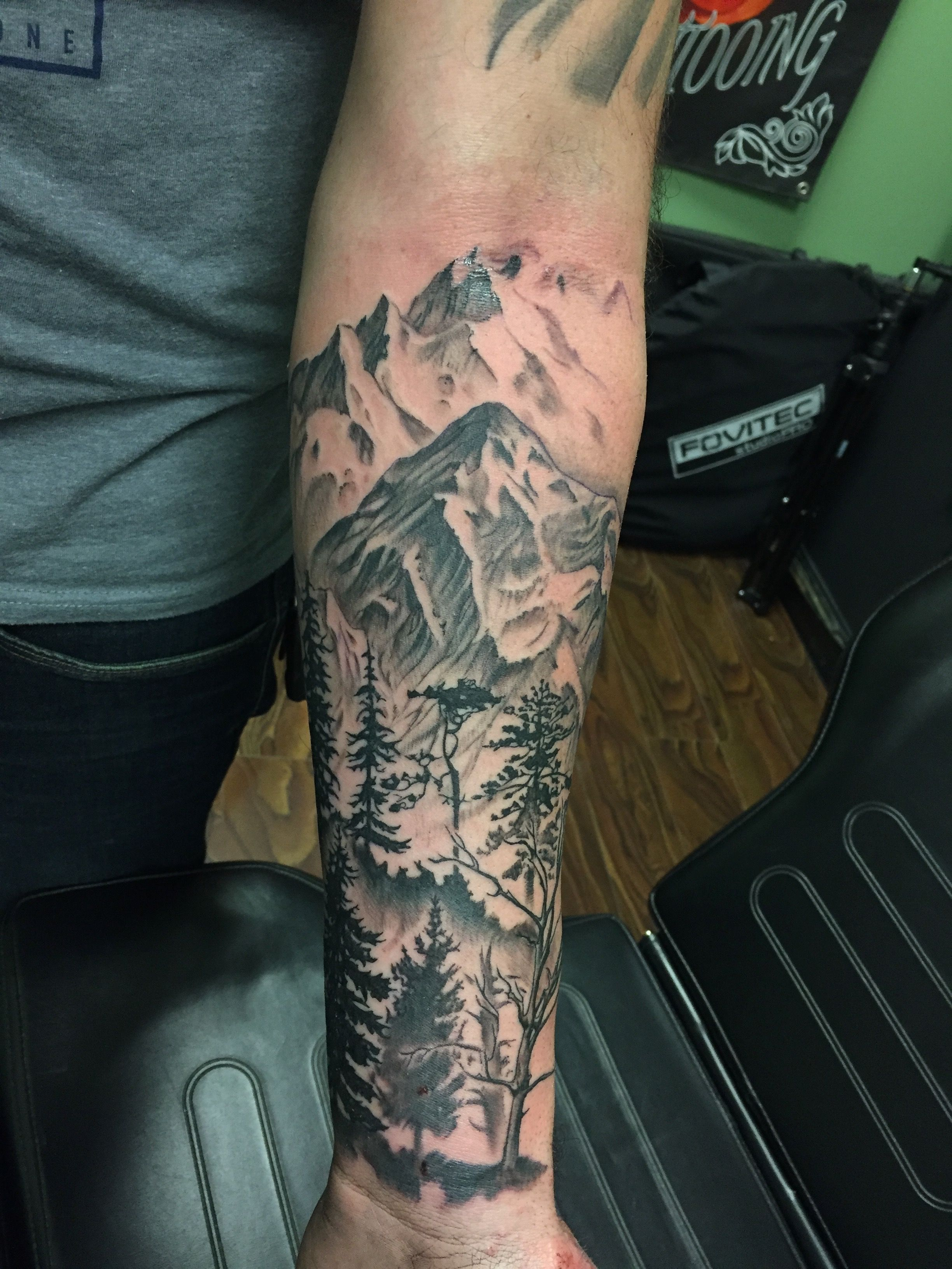 I love designing in such a way as to bring depth and dimension into a piece, especially when the work inspires me to get my ass outside to look at some trees!  #ryanthompsontattoos #tradewindstattoo #njtattooartist #tomsriver #tattooartist #trustyourartist #tattoosleeve #sleeve #blackandgreytattoo #blackandgrey #nocturnaltattooink #inked #guyswithtattoos #inkedguys #tattoos #outdoortattoo #realistictattoo #blackandgreyrealism #mountaintattoo #treetattoo #optoutside #outdoorsy #climbmountains