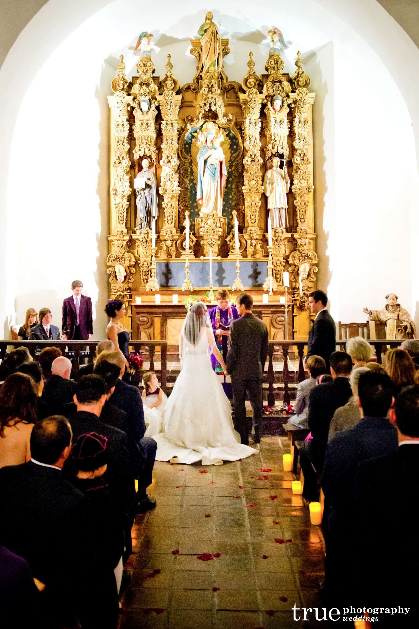We Enjoy Photographing At Saint Francis Chapel A Popular And Visually Striking San Diego Wedding Venue In Historic Balboa Park