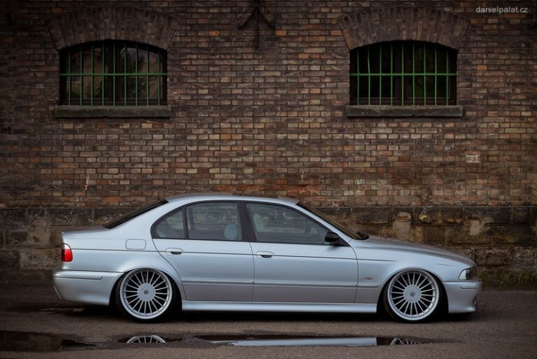 Bmw E39 540i V8 Is Made Between 1995 To 2003 And It Belongs To