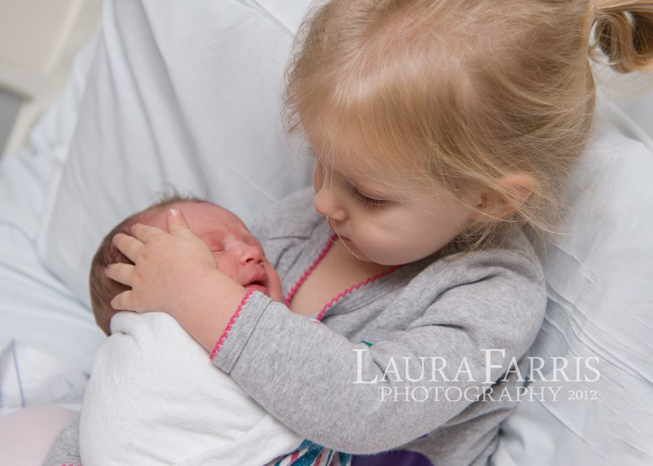 Laura Farris Photography: Boise newborn photographer : Gwen's 1st day