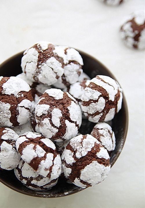 Chocolate Crinkle Cookies Snow Caps Dessert