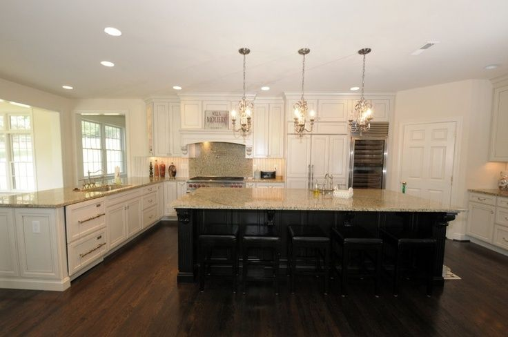 off white kitchen cabinets, wood floors, wood table - Google Search ...
