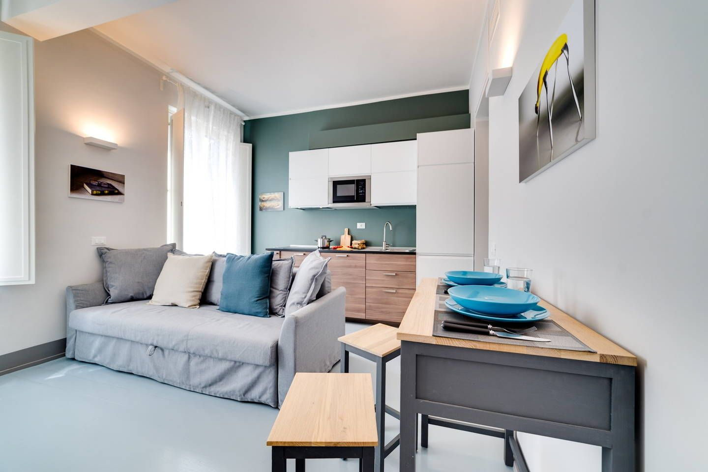 Totally new and fully equipped 1 bedroom flat fitting up