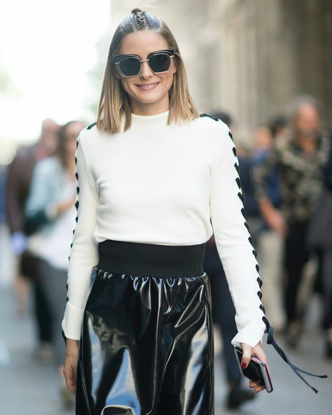 European Street Style, Olivia Palermo Style, Black White Fashion, Shirt  Transformation, Instagram 61308d54d2a7
