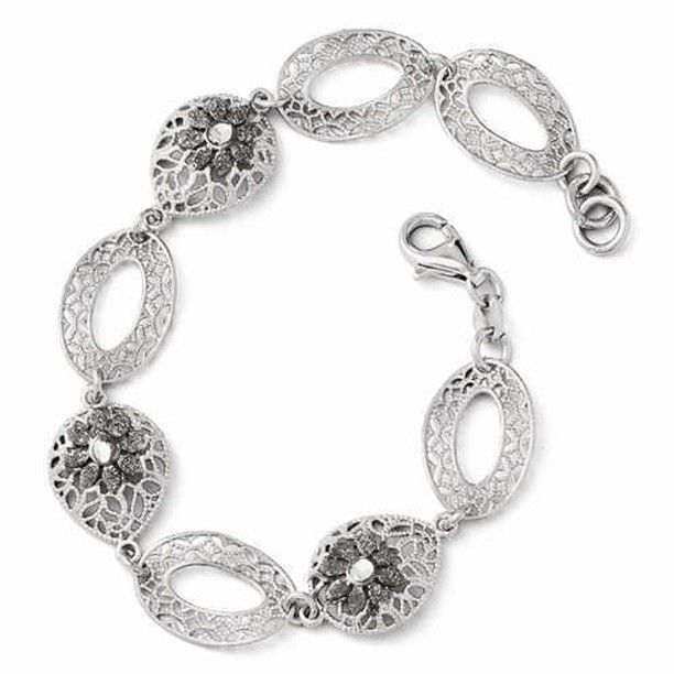 Set your silent sophistication afloat with this Leslies Sterling Silver Diamond-cut and Textured Flower Bracelet - $106.00 from IceCarats.com. Use code INSTALOVE for 10% discount.  #icecarats #jewelry #fashion #accessories #jewelryjunky #latestfashion #trending #fashiontrends #affordablefashion #lookbook #fashionbloggers #bloggerstyle #bestseller #instaglam #instastyle #jewelrylover #streetstyle #jewelrylover #jewelrytrends #dailyinspo #romantic #fashionkilla #fashionstory #hollywood #classy…