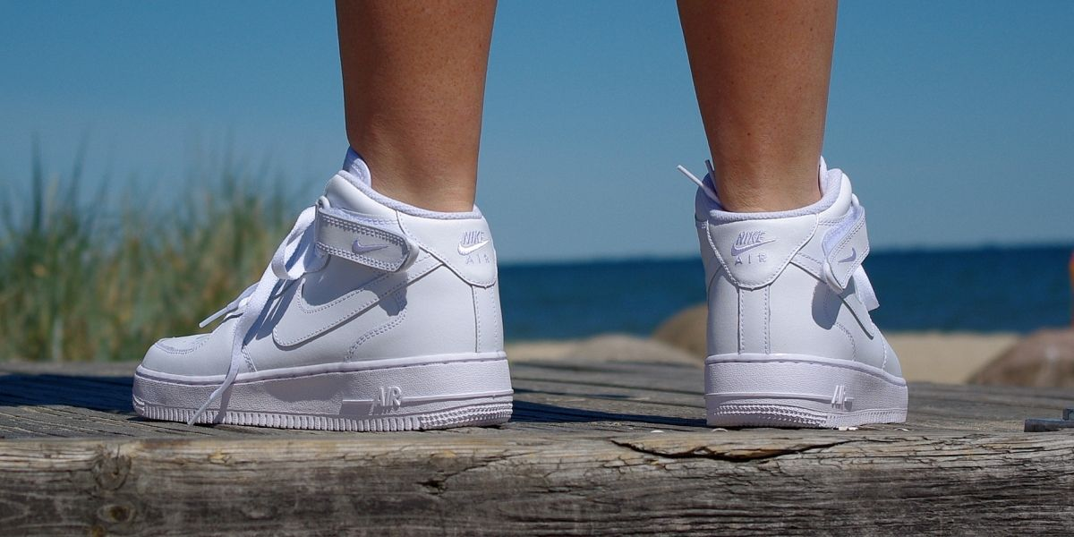 official photos 54fd2 29032 NIKE AIR FORCE 1 MID GS 314195 113   funkyshoes.pl