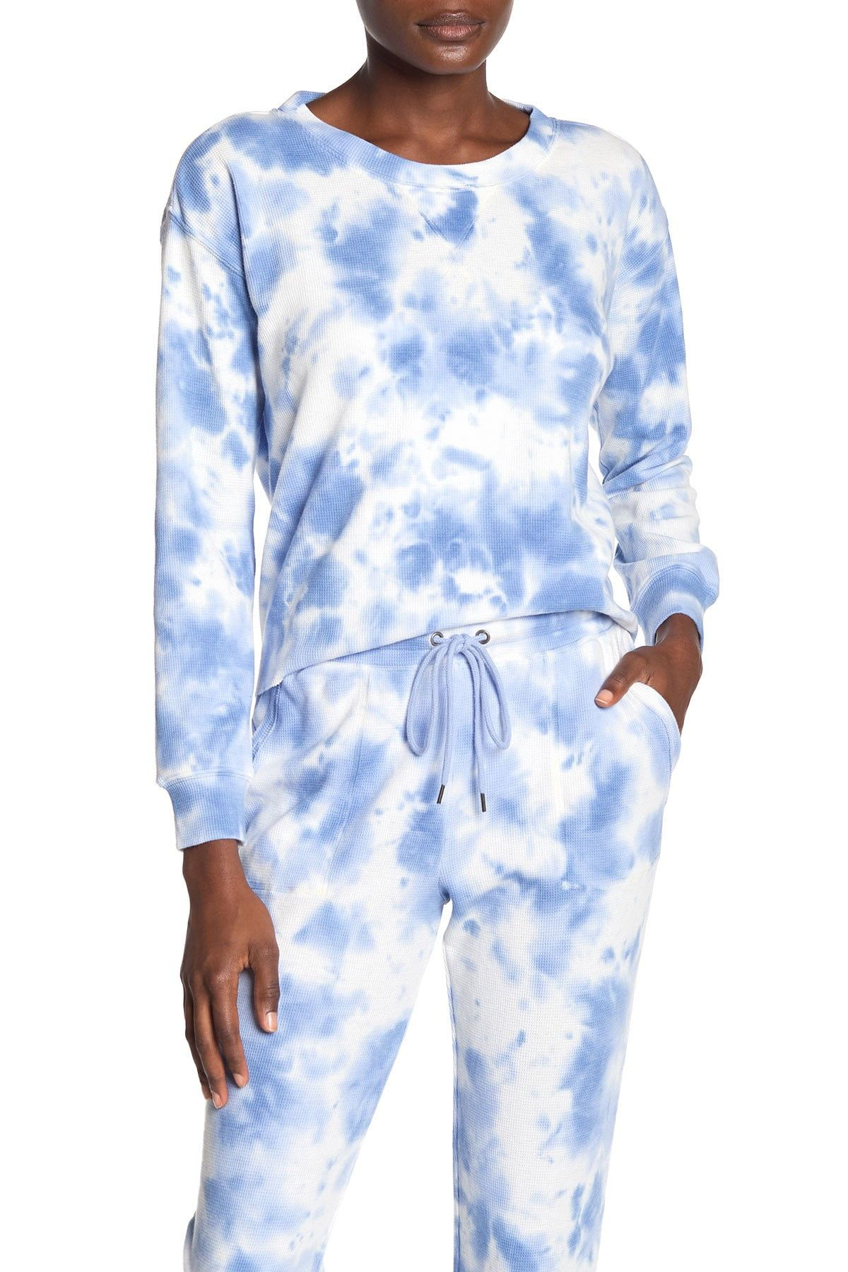 Splendid Tie Dye Sweatshirt Nordstrom Rack In 2021 Tie Dye Shirts Tie Dye Sweatshirt Lounge Wear [ 1800 x 1200 Pixel ]