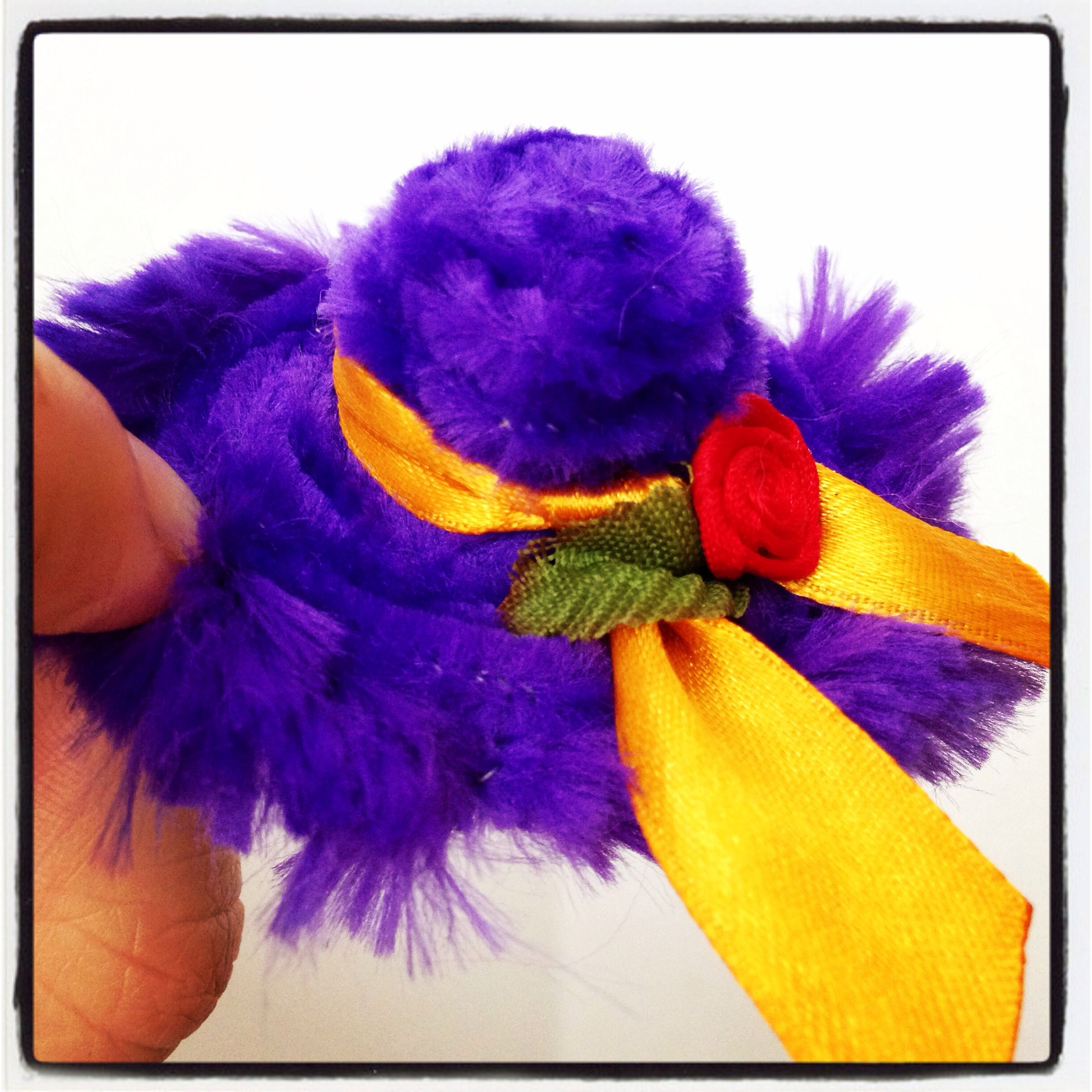 Small size fluffy pipe cleaner hat tutorial available on the site small size fluffy pipe cleaner hat tutorial available on the site http baditri Gallery