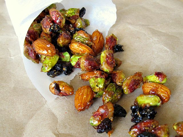 Spicy Pomegranate-Glazed Nuts