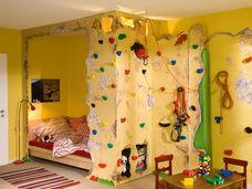 Bett mit Kletterwand Klettern kinderzimmer, Kletterwand