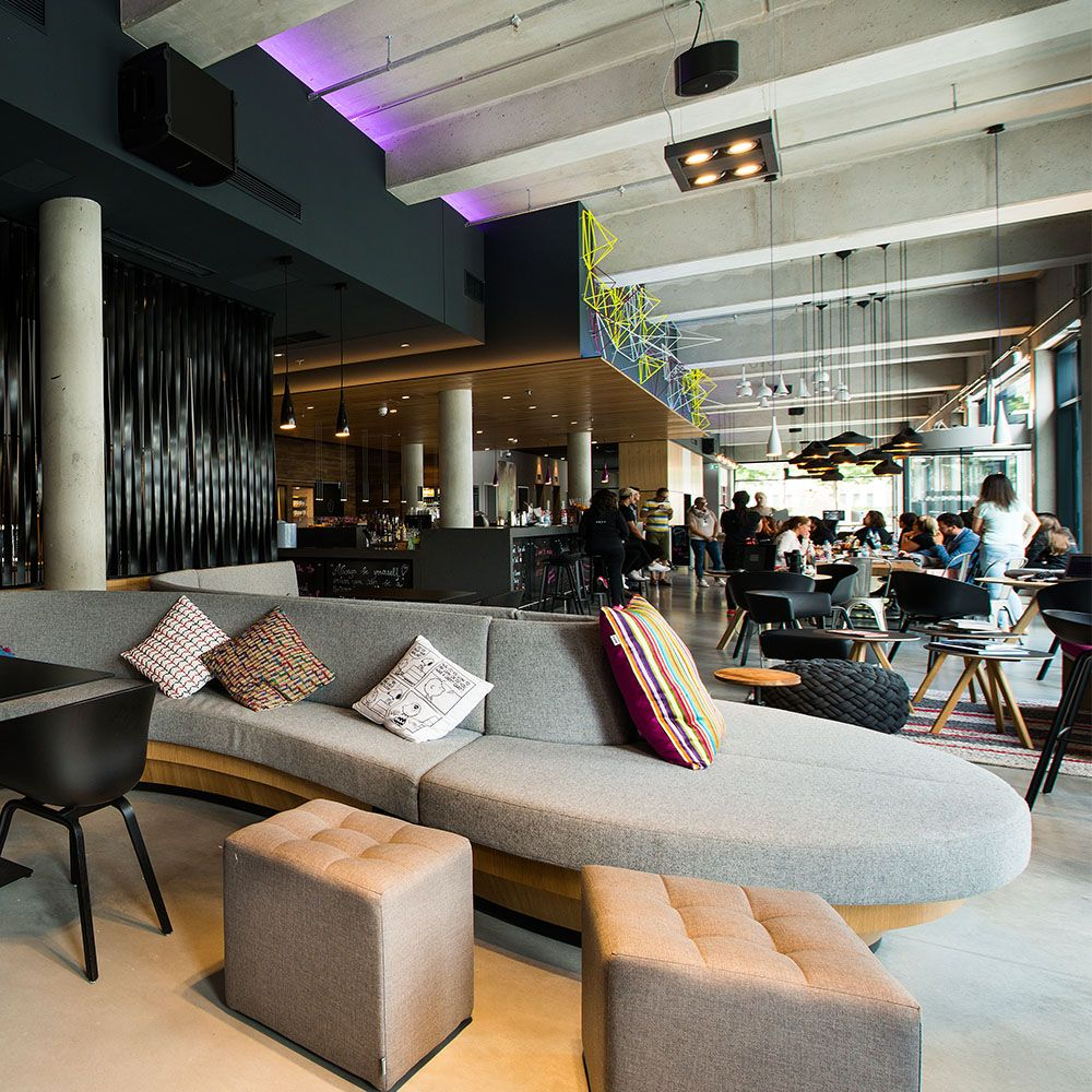 Moxy Hotel Eschborn Frankfurt Design By Apto Architects