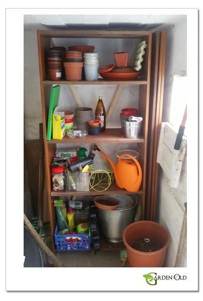 Como fazer uma estante para o jardim? É só seguir aqui umas indicações base.