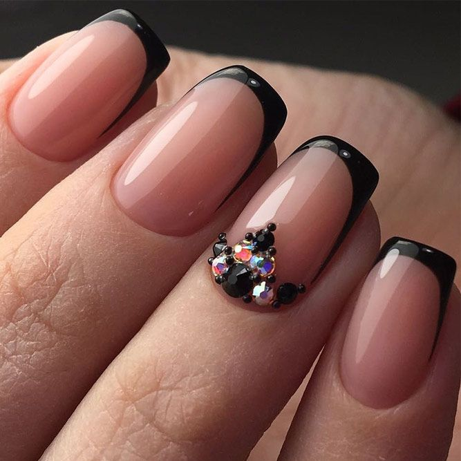 24 French Manicure Designs for Inspiration | Classic french manicure ...