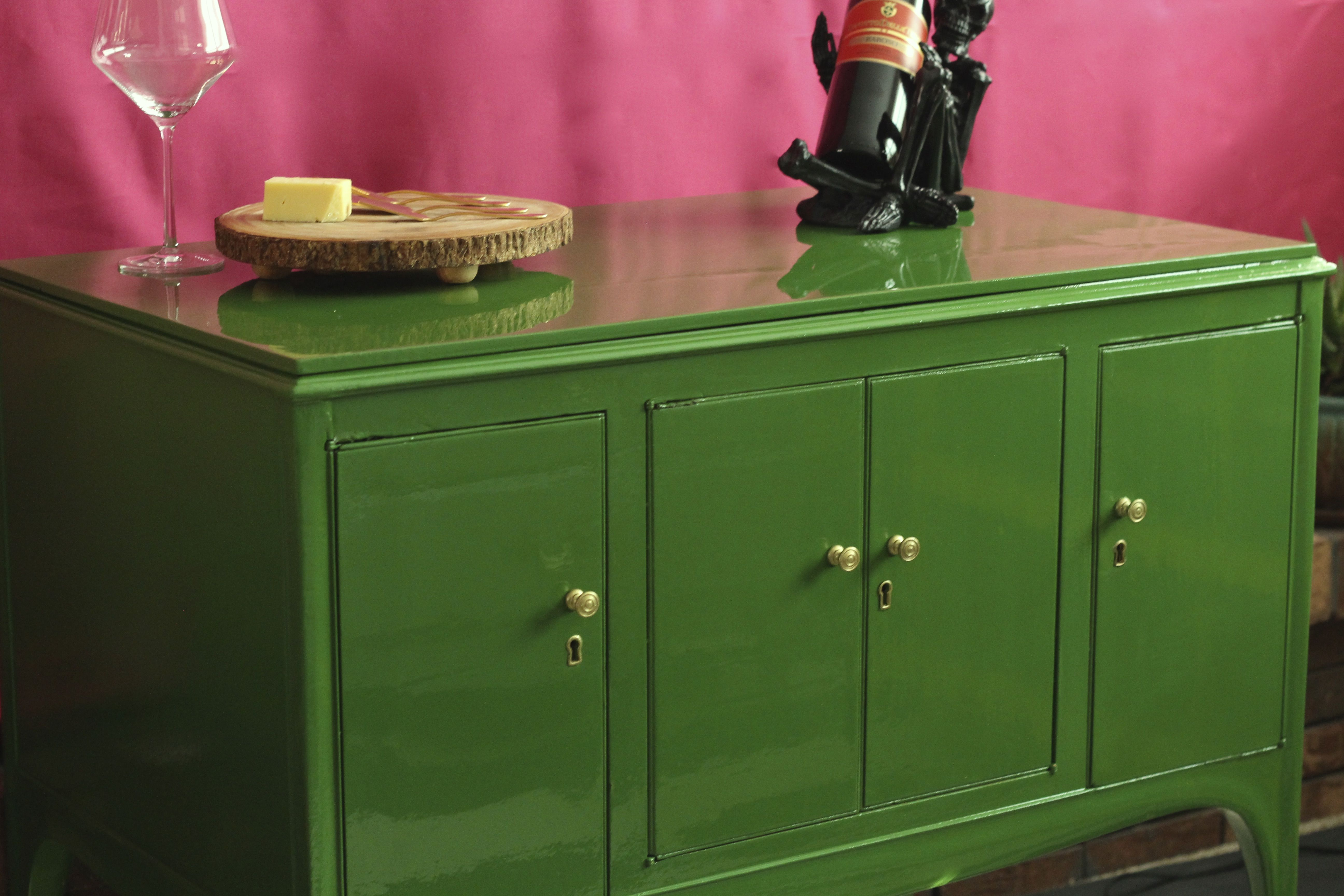 High Gloss Furniture, Bar Cabinet, Painted Furniture, High Gloss Green,  Fine Paints