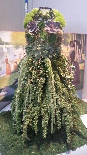 Succulent Dress Form Meet Me In The Garden Garden