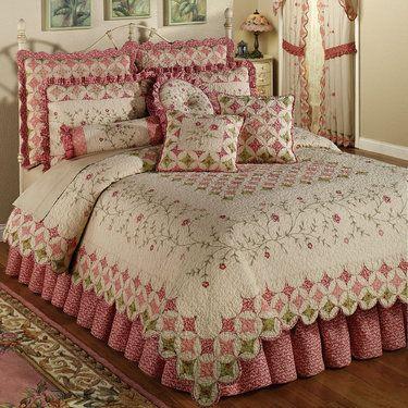 Coras Cathedral Garden Cotton Quilt Set Bedding