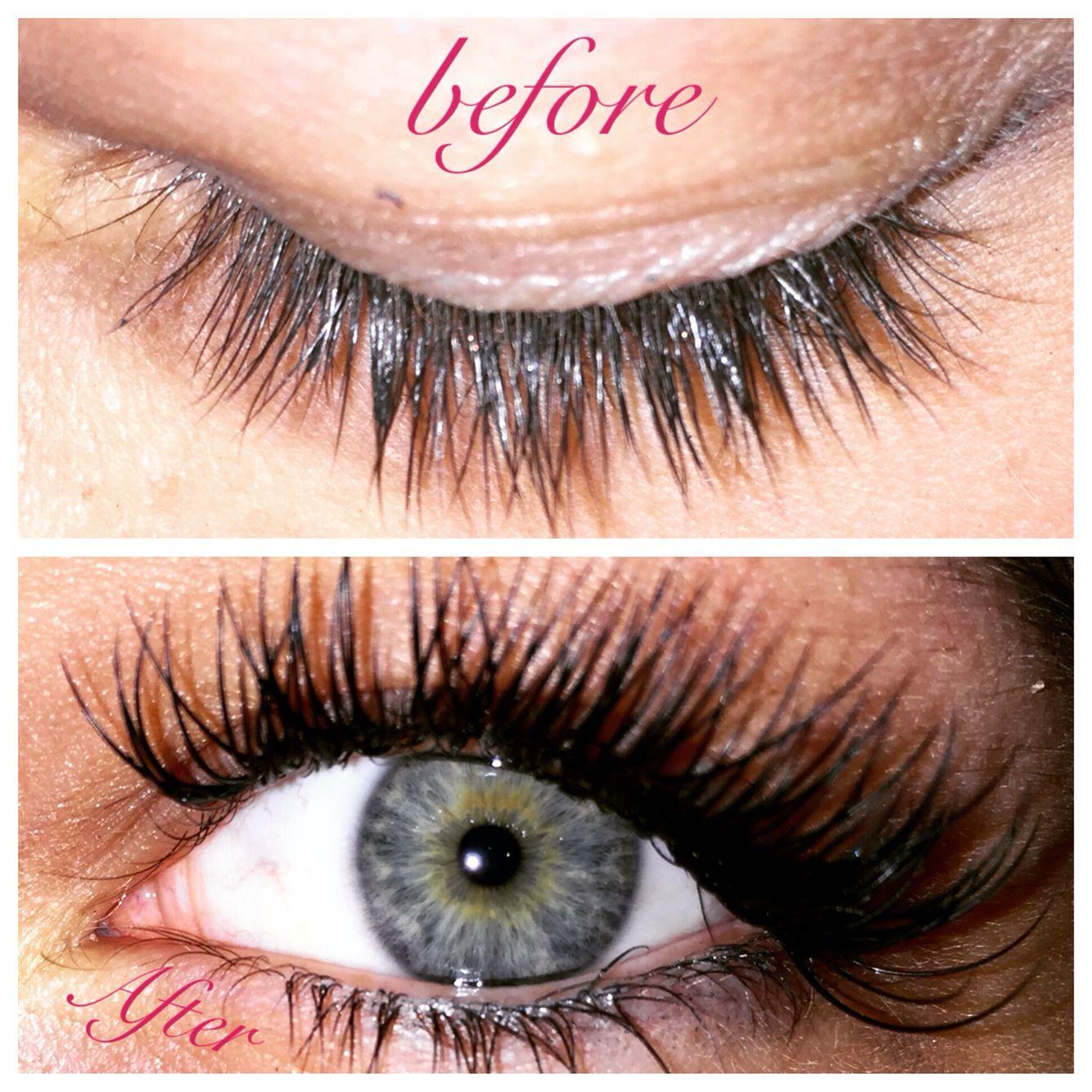 Full Glamourflare Effect On A Full Eyelash Extension Set Eyelash
